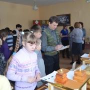 5 марта прошел конкурс-выставка «Подарок маме»