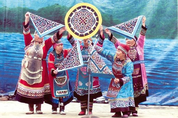 ввозе вывозе коренные жители приамурья и хабаровского края следующие: рыбу моют